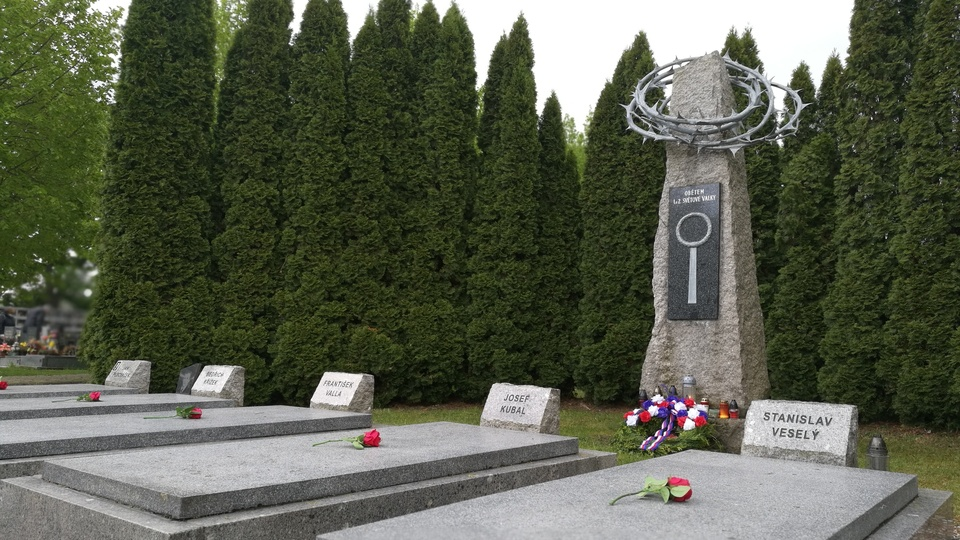 hřbitov.jpg