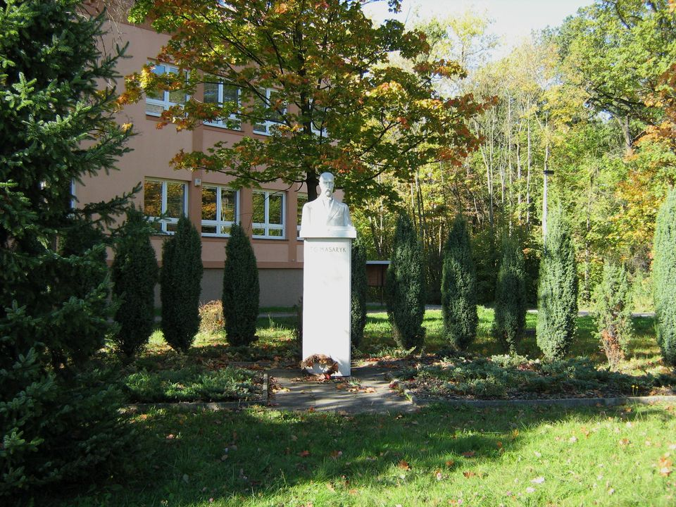 pomník T.G.M.JPG