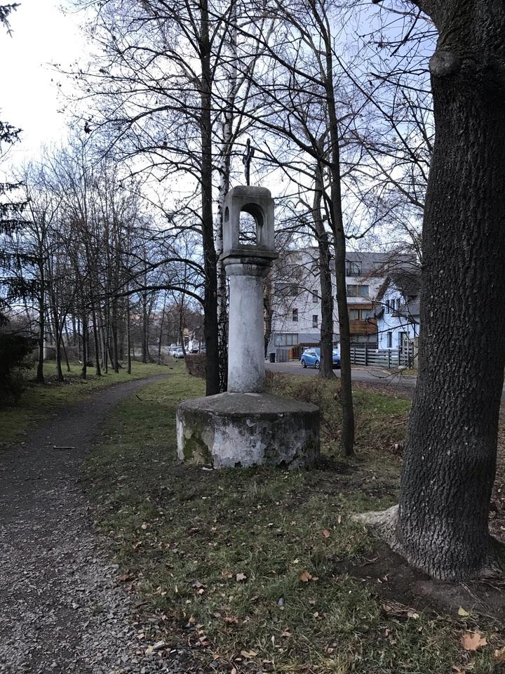 zvonička Blatov.JPEG