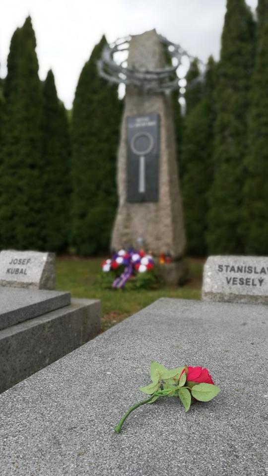 hřbitov-pohled.jpg